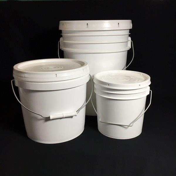 Plastic Storage Pails | Spout or Solid Lid